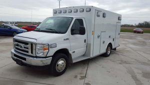 7892 Signature Series Type III Ambulance