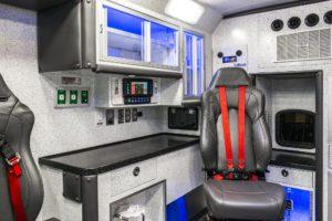 braun-chief-xl-type-1-3-ambulance-interior (10)