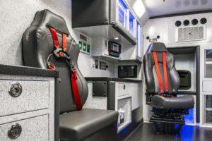 braun-chief-xl-type-1-3-ambulance-interior (12)