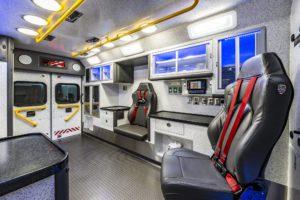 braun-chief-xl-type-1-3-ambulance-interior (2)